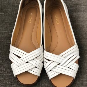 Aldo white leather peekaboo flats